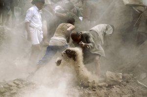 YEMEN-searching for survivors, old city